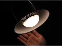 灯光与音乐的完美结合MIPOW PLAYBULB试玩