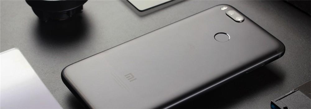 双十二将至手机厂商齐出招 魅族降价小米和360发新机