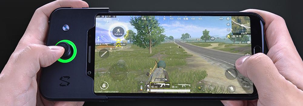 黑鲨游戏手机体验:配上专属手柄更加无敌了