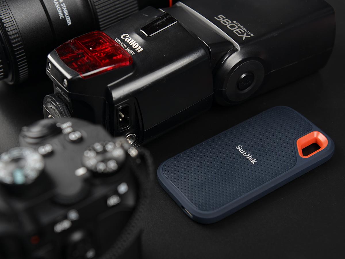 户外摄影即时备份 闪迪移动固态硬盘评测