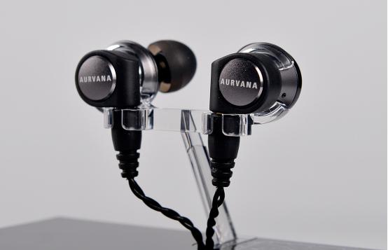 经典永流传 创新AURVANA TRIO耳机开箱视频