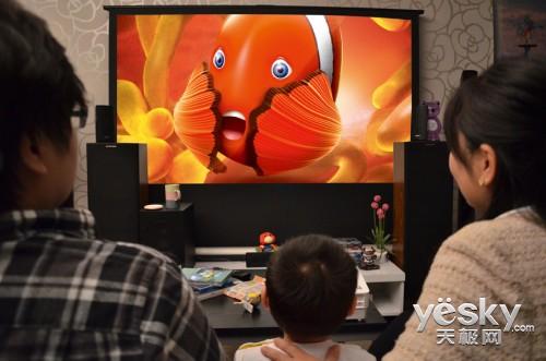 明基GP10投影机 家庭娱乐与亲子早教2合1