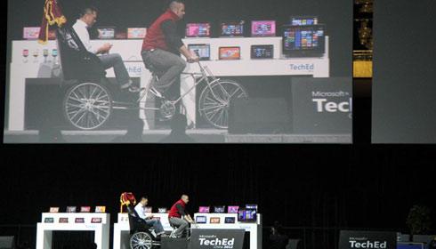 微软谢恩伟分享搭载Windows8的多款创新产品