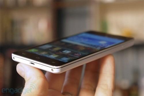支持中国移动TD-LTE LG展示Optimus G样机