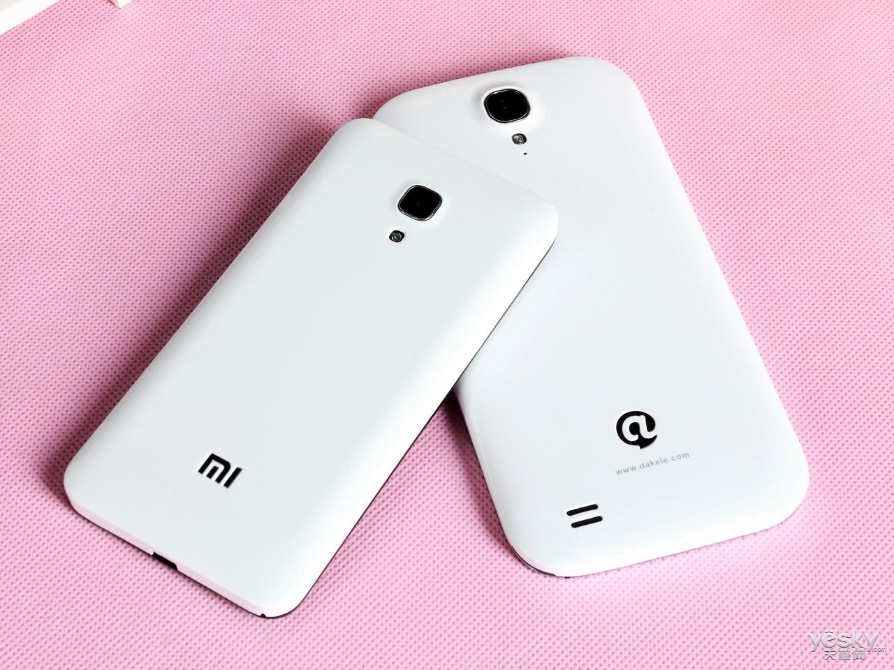 对于整体外观设计延续小米手机2家族设计的小米手机2a而言,高清图片