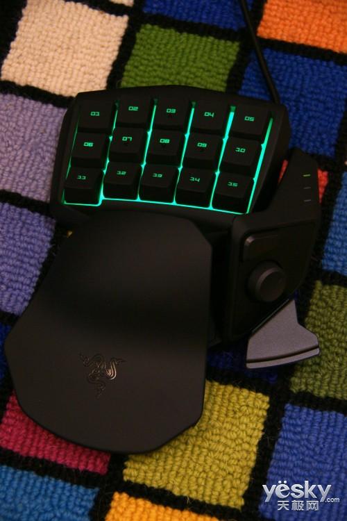 全民普及 Razer塔洛斯魔蝎单手游戏键盘评测