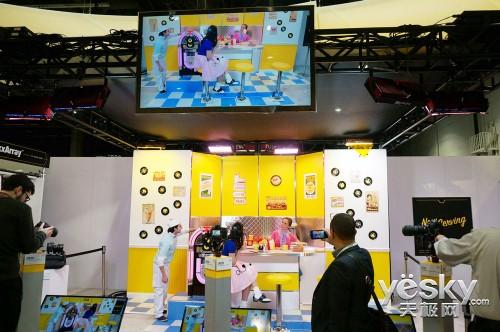 CES 2014:尼康展台各类数码相机一览无遗