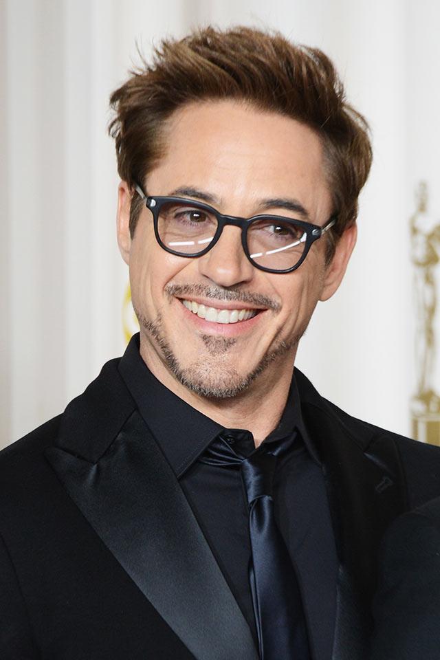 吸毒王到吸金王�... Robert Downey