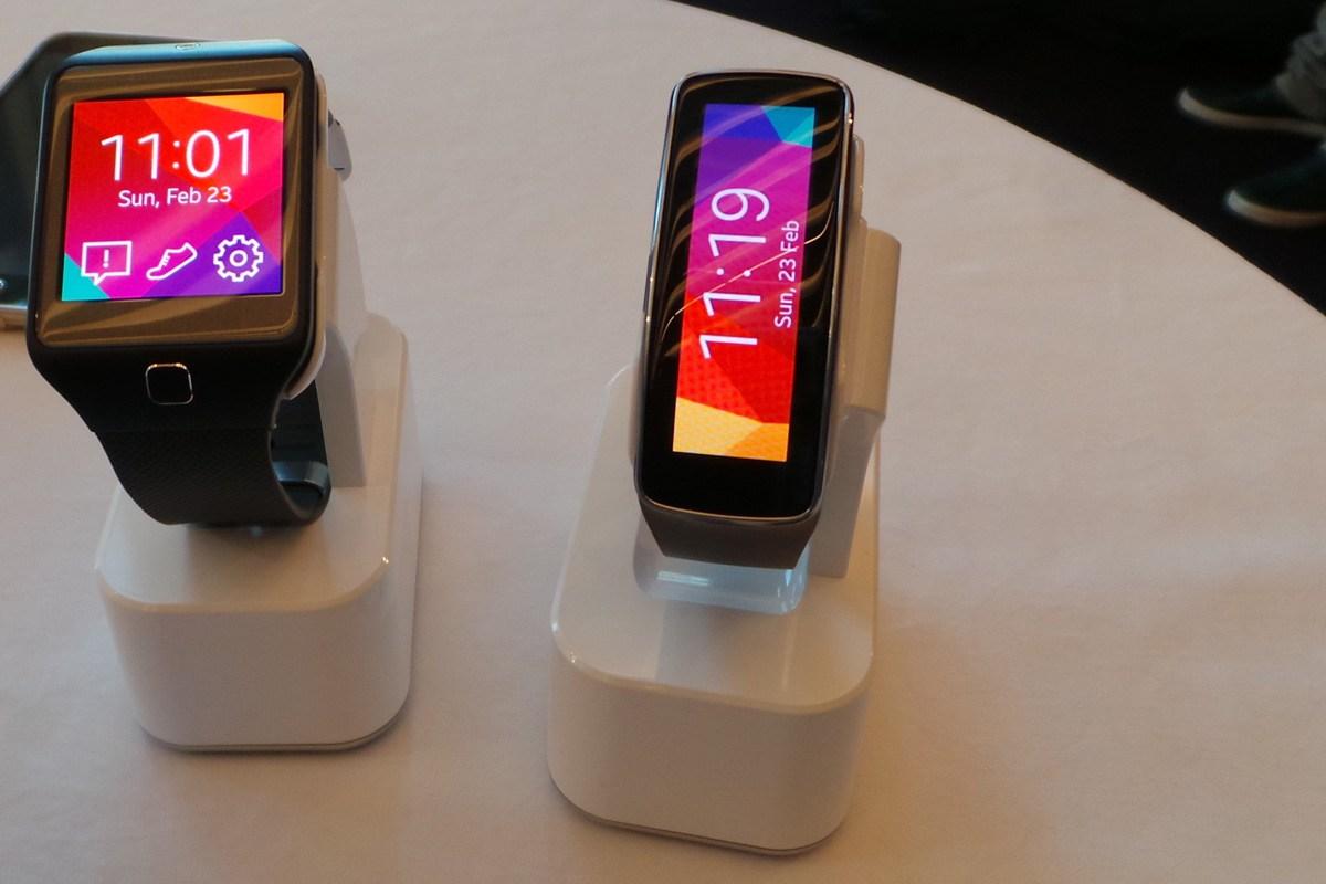 三星gear fit智能手表 图片来源网络 高清图片