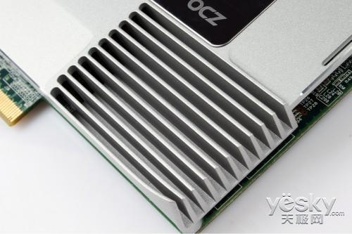 强势品牌涅��之路 OCZ Revo350固态硬盘首测