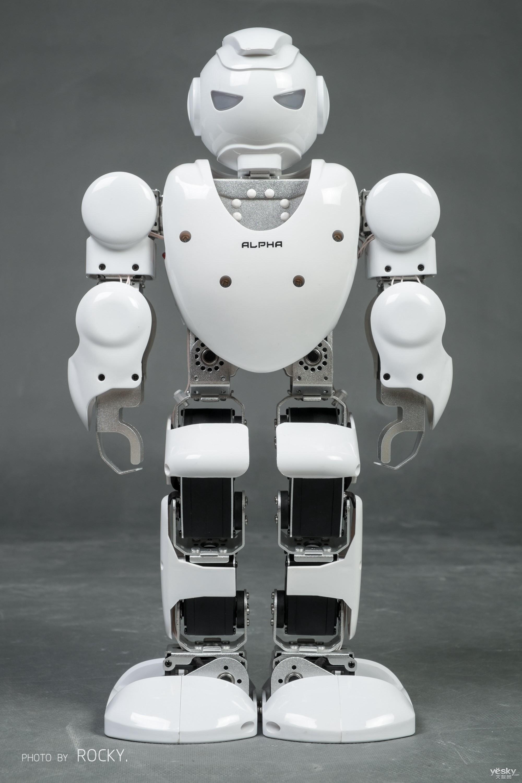 阿尔法机器人高清图片