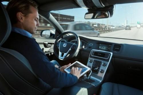 德国博世欲在10年内逐步推进无人驾驶技术 高清图片
