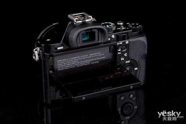 领先画质 索尼A7r无反数码相机报价10799元