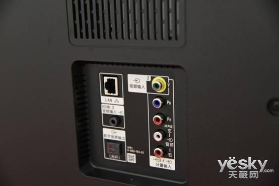 让4K电视更亲民 索尼KD-X8300C电视评测