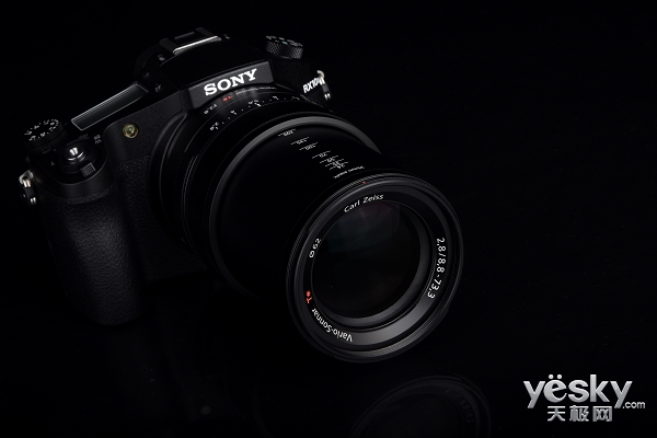 提速更精彩 索尼黑卡?相机RX10II外观评测