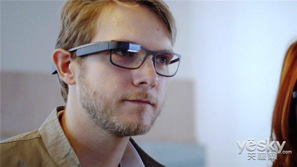 Google Glass项目或将更名为Project Aura