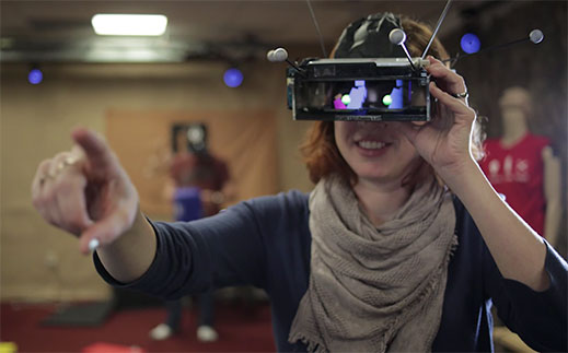 微软开发多人增强现实技术 独立于HoloLens