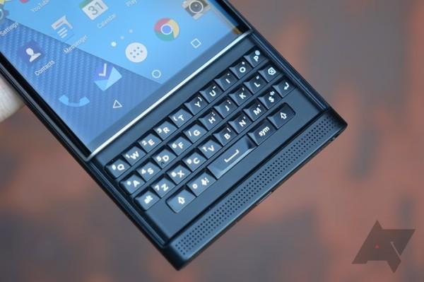 黑莓首款Android手机Priv上手评测