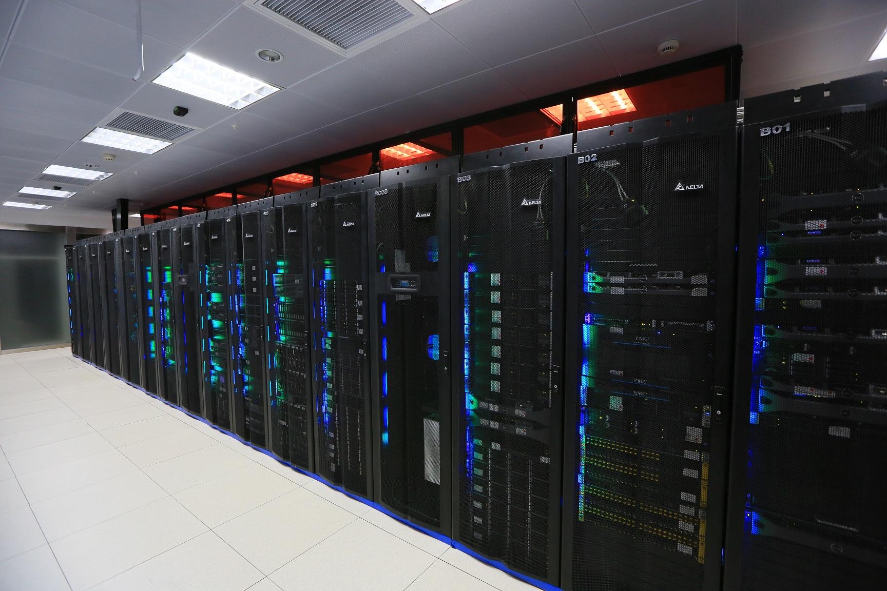 造未来中国区核心机房