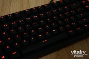键帽是亮点 赛睿APEX M260机械键盘评测