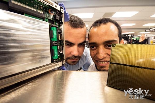 IT每日播 IBM推出全新大型主机z13s