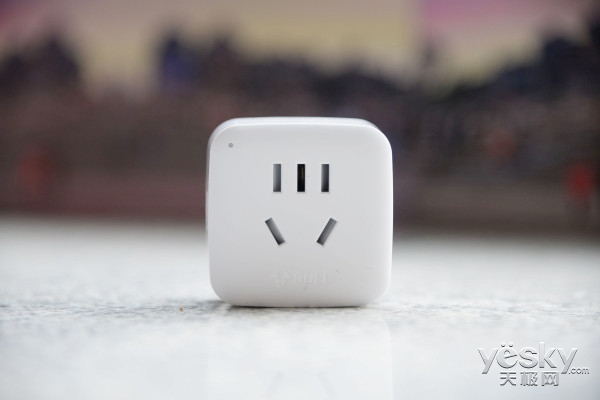 一秒切换家居模式 公牛WiFi智能插座2代评测