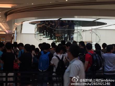 苹果Apple Store澳门店开业 首家/果粉围观