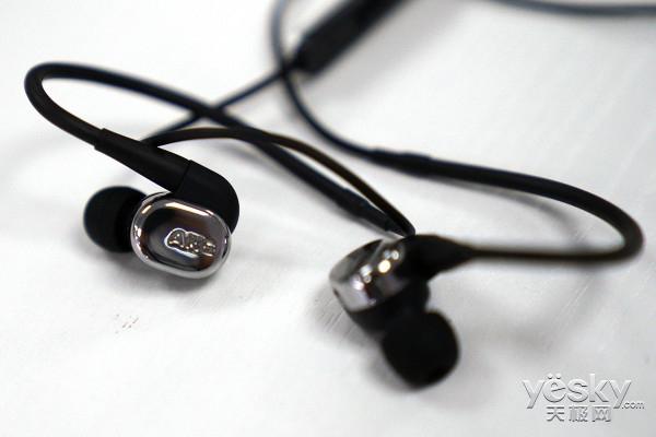 可更换滤波网 AKG参考级入耳式耳机N40评测