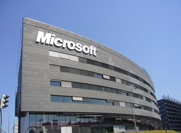 传微软Surface一体机延期到明年推出