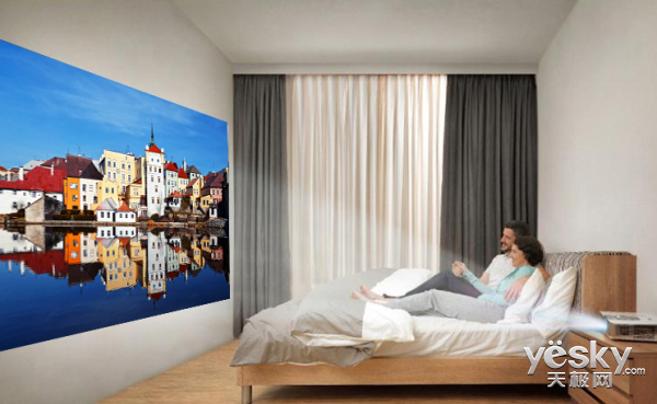 小空间也能拥有大视角 投影仪带来视觉盛宴