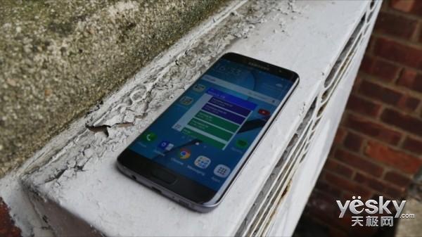 诀别?三星或不再推出平面屏版Galaxy S手机