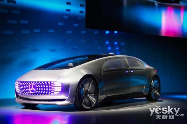 微软联合梅赛德斯研制车载办公系统