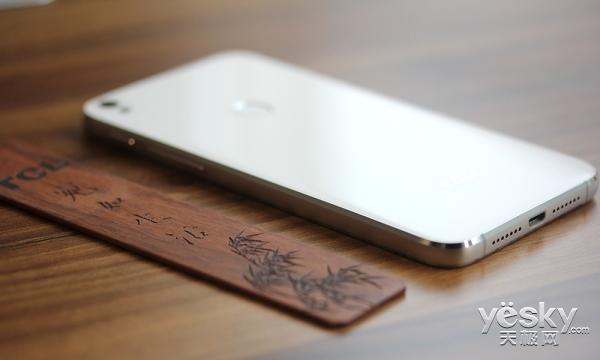记录最美的自己 TCL 520手机评测