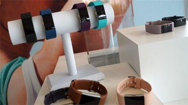 英国士兵希望借助Fitbit智能手环帮助锻炼