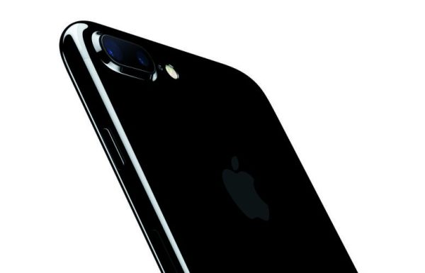 曝iPhone 8 Plus长焦镜头将支持光学防抖