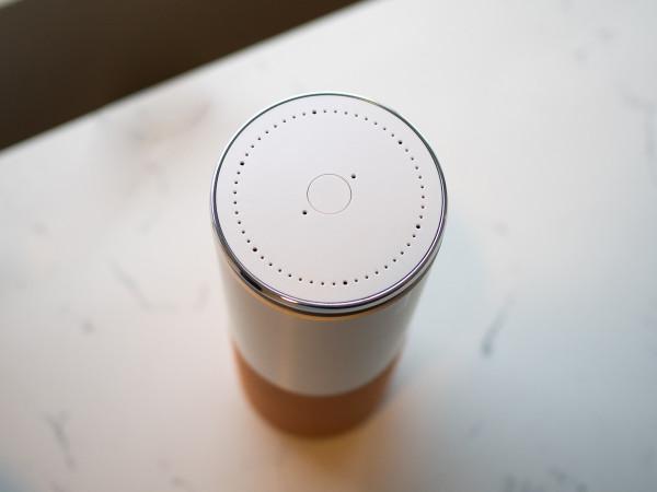 联想发布智能音箱Smart Assistant 神似Echo