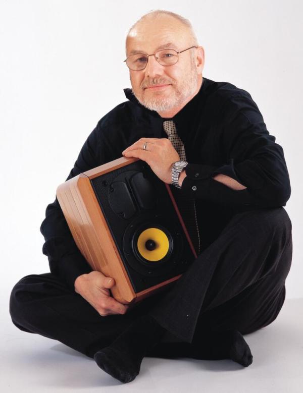 云端音乐大师- 惠威M1A等磁场带式有源音箱