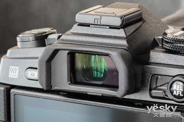奥林巴斯OM-D E-M1 Mark II