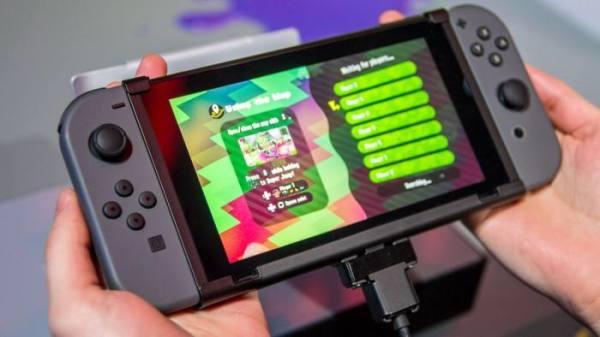 任天堂switch尺寸有多大?随身携带方便吗?