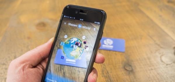 彭博社:苹果正在为iPhone8开发多个AR功能