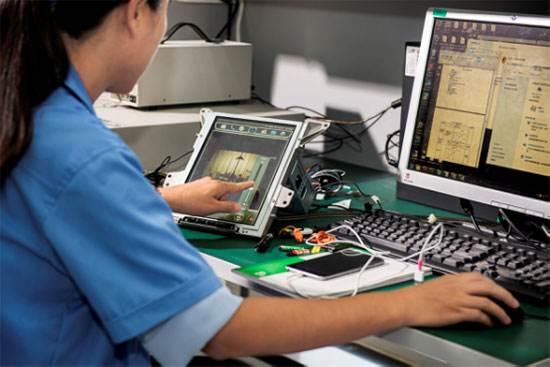 说明: C:\Users\tiger\Desktop\201-03-17东软网络安全汽车信息媒体沟通会报道目录\东软汽车安全.jpg