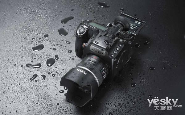 更上全幅一层楼 市售万元级中画幅相机推荐