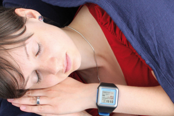 医学专家:智能手环睡眠监测不靠谱