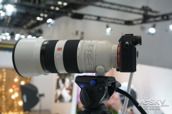 P&E2017:超远摄变焦 索尼100-400mm镜头发布