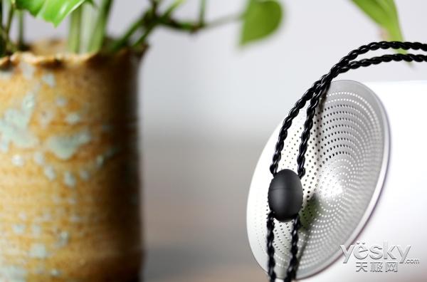 突破耳机想象 mifo i2项链式蓝牙耳机图赏
