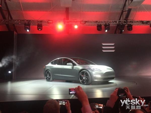 特斯拉Model 3配置大曝光 内饰简洁