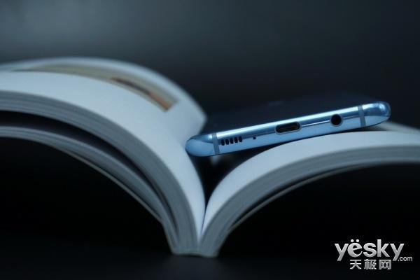 AKG耳机白送?三星Galaxy S8配件超乎你期待