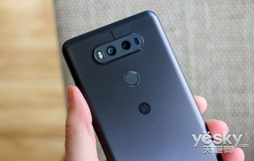 为抢占三星Note 8市场 LG V30/G7将提前亮相