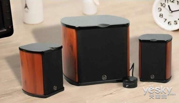 桌面游戏影音首选 惠威M50W多媒体音箱热销