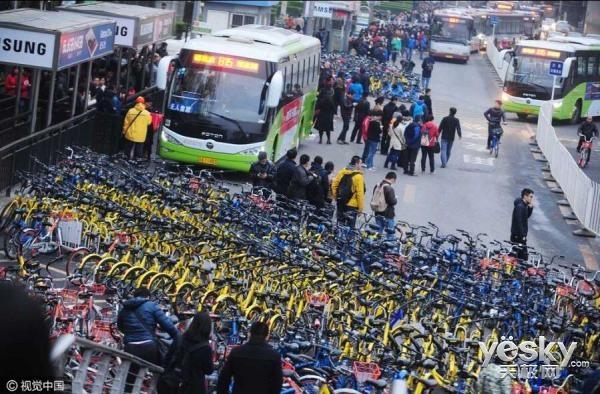 乱象丛生 广州南宁接连发布共享单车禁令
